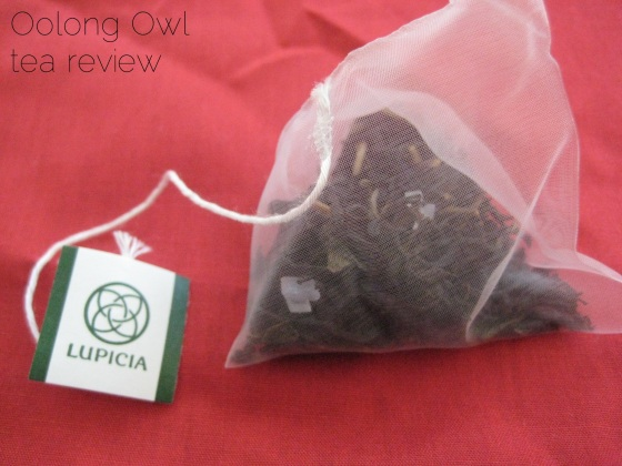 Champange Rose from Lupicia - Oolong Owl tea review (6)