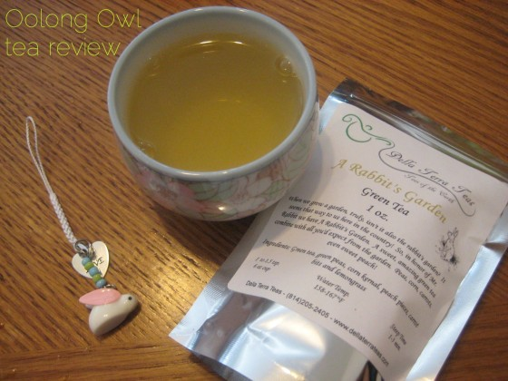 A Rabbits Garden from Della Terra Teas - Oolong Owl Tea review (5)