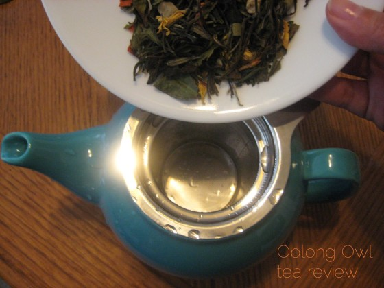 Bursting Lychee from Steep City Teas - Oolong Owl tea review (4)