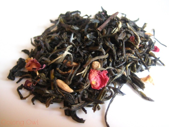 Pomegranate Magnolia White Tea from Upton Tea Imports - Oolong Owl Tea Review (5)