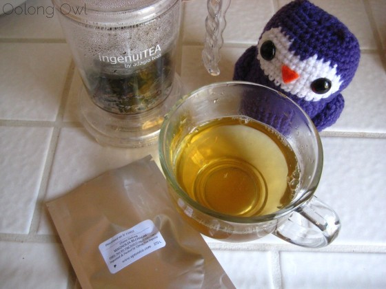 Magnolia Blossom Oolong from Upton Tea Imports - Oolong Owl Tea Review (4)